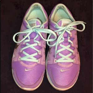 Nike Shoes - Women's Nike FITSOLE Athletic Shoes
